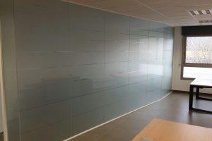 GHD Oficinas - Diseño de oficinas en Mallorca - Mamparas y cerramientos de oficinas
