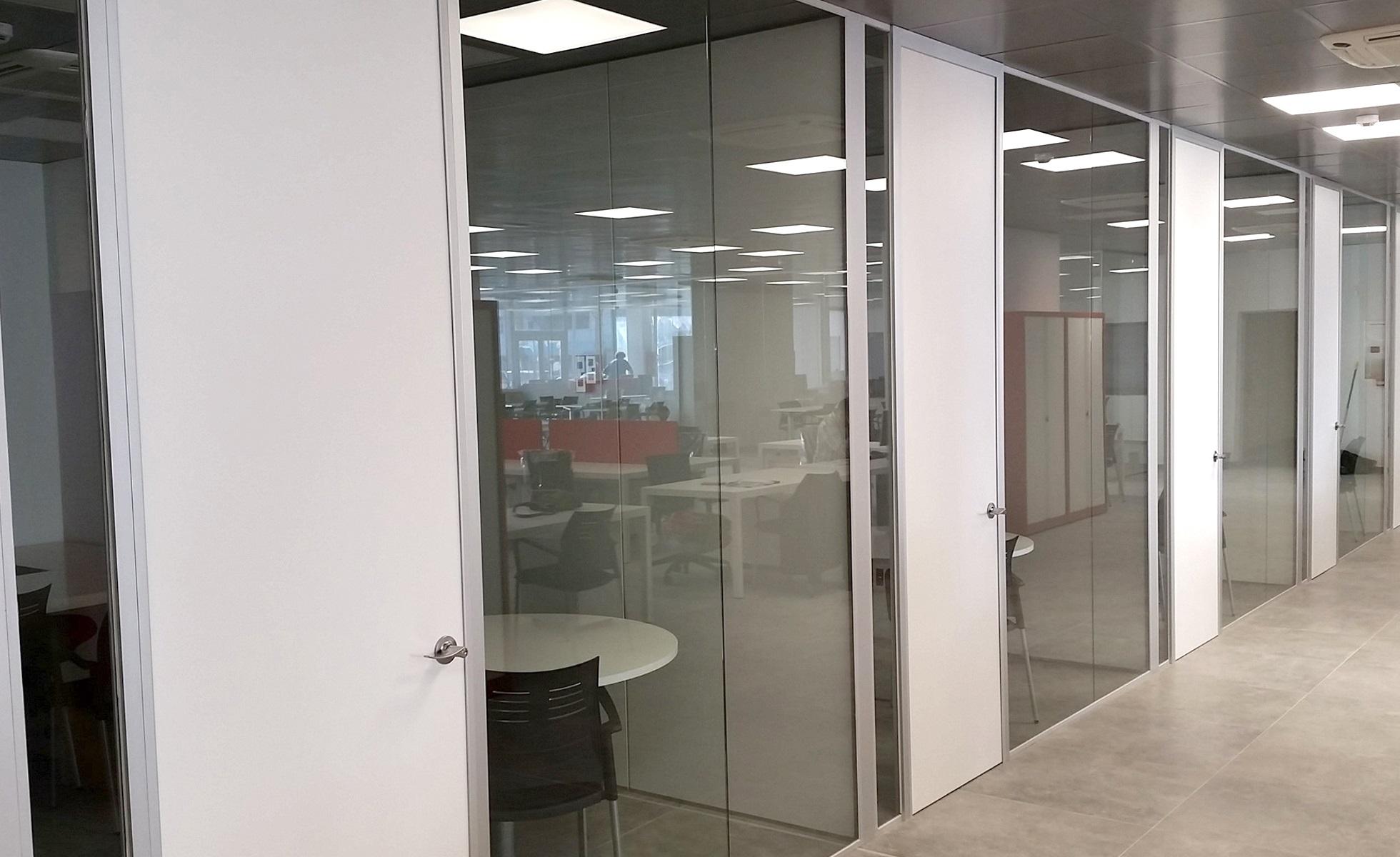 Ghd oficinas cerramientos y mamparas de oficina en palma for Oficina de consumo palma de mallorca